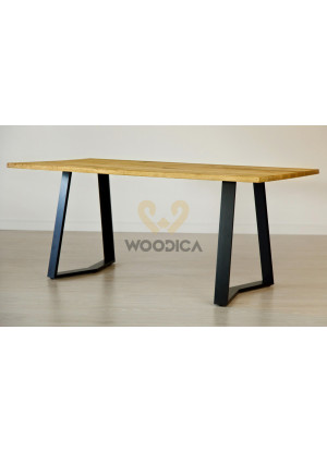 Dubový stůl na kovových nohách 12